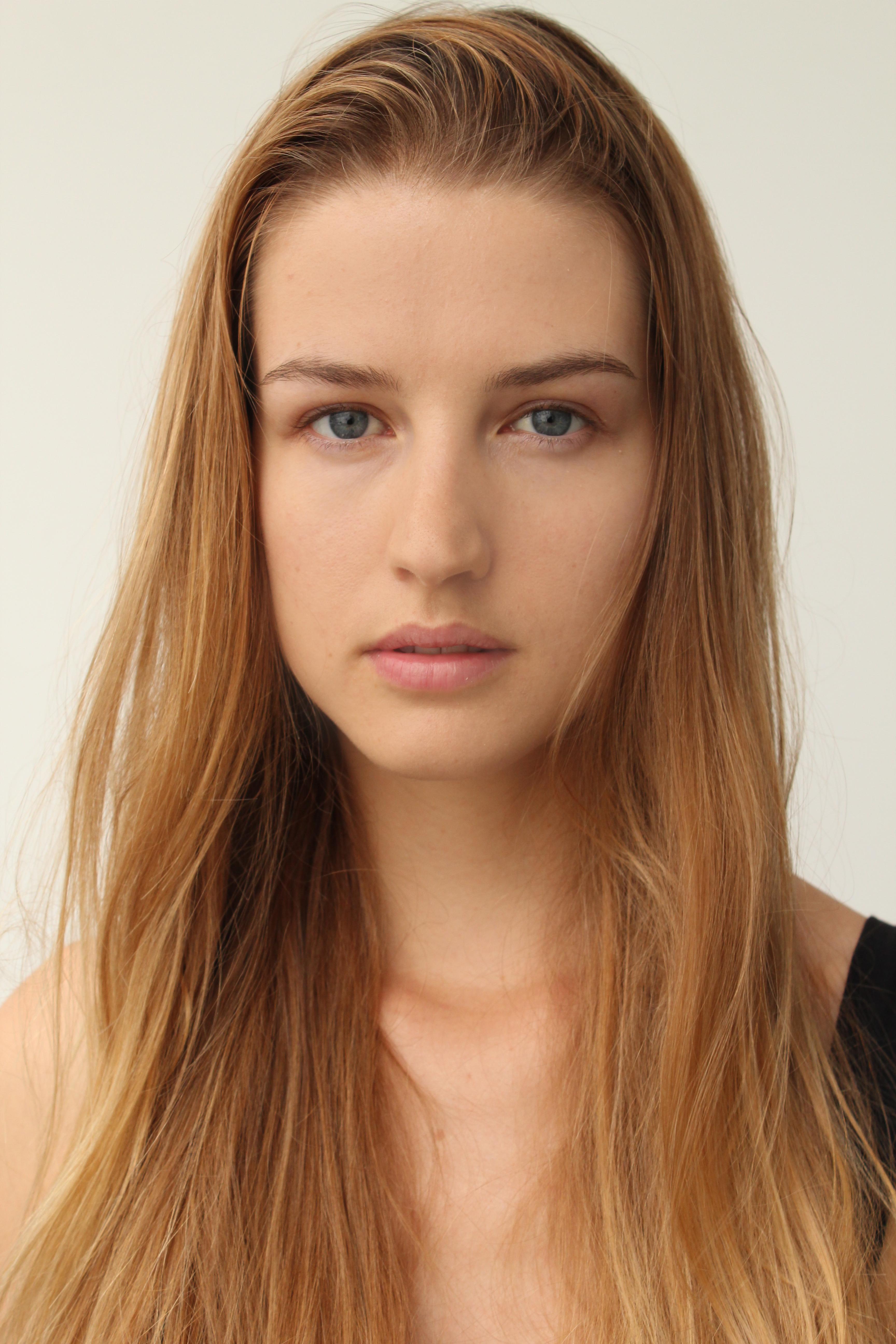 Ms Paris Rose - Model page